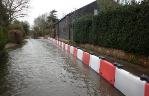 La tempête Justine et ses conséquences : d'importantes inondations dans l'Ouest de la France